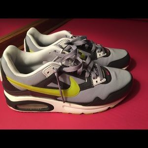 Nike airmax womens 9.5 shoe